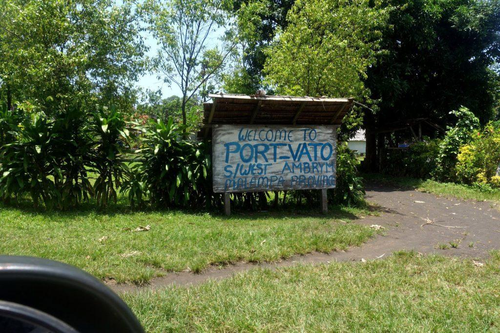 In Port Vato startet die Trekking-Tour zur Ascheebene von Ambrym.