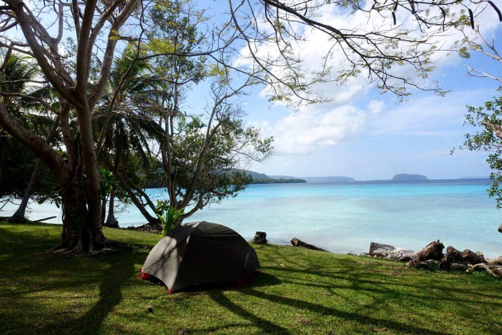 Hubba Hubba NX 2 Personenzelt beim Camping am Strand in Vanuatu.