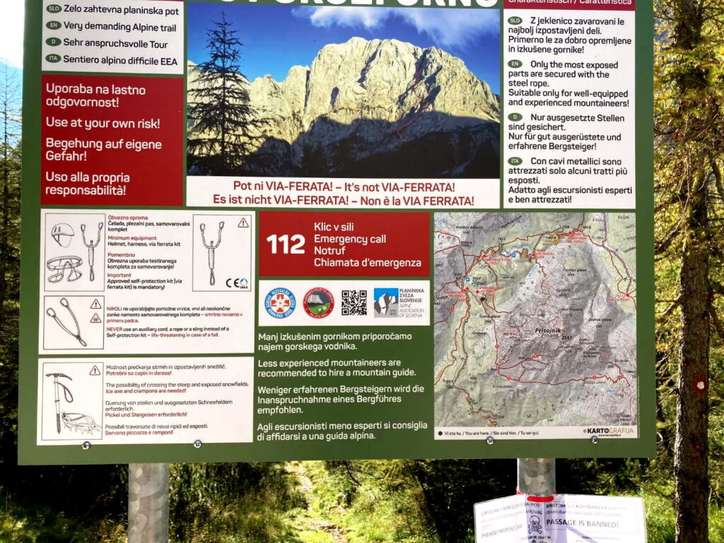 Hinweisschild für Wanderer im Triglav-Nationalpark.