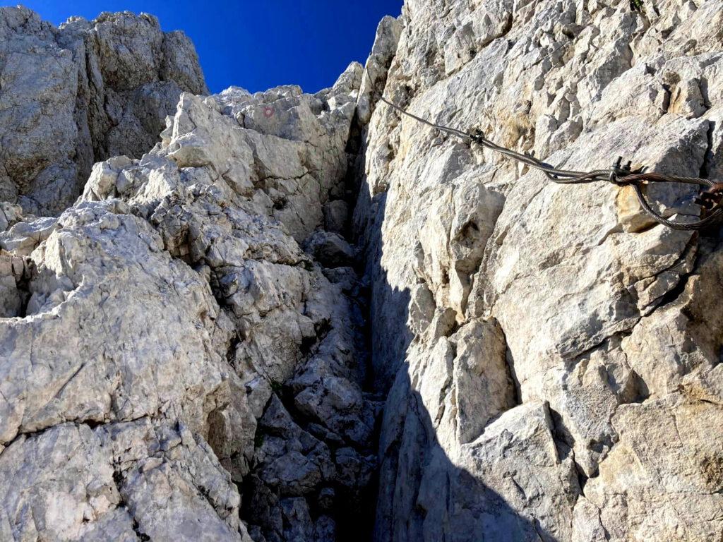 Drahtseilgesicherter Weg im Triglav-Nationalpark zum Kanjavec.