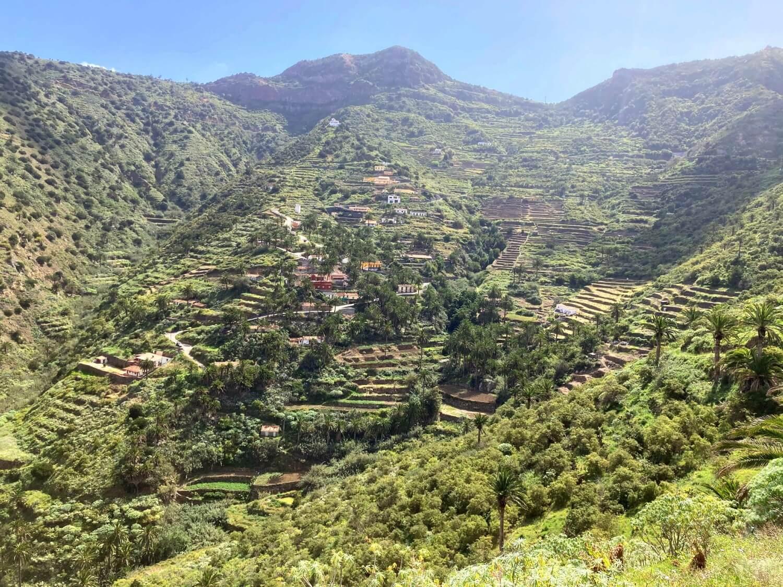 Blick auf das Dorf Tamargada in La Gomera.
