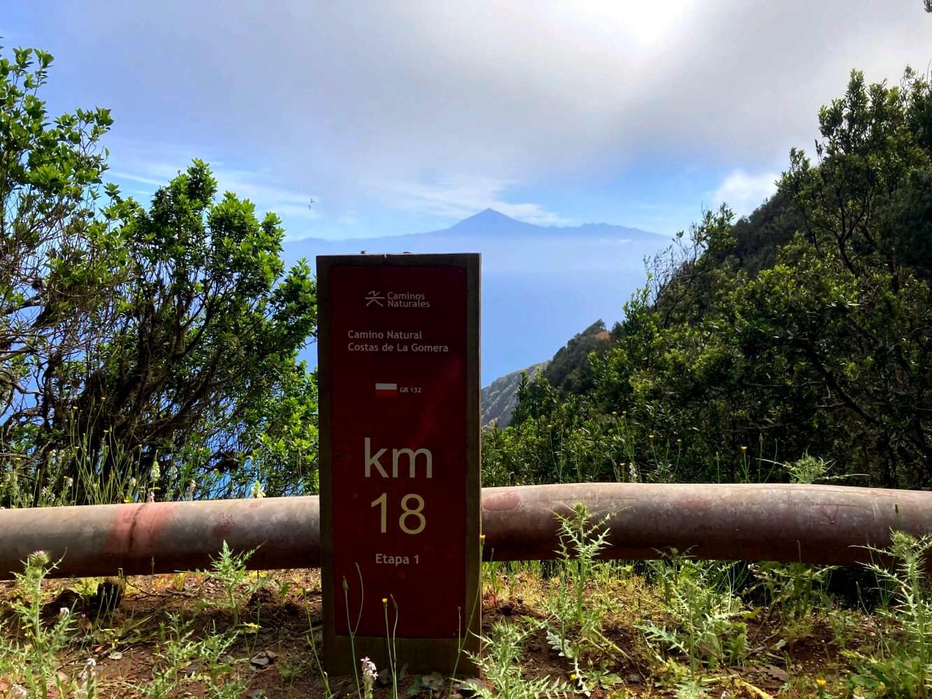 Markierung vom GR 132 in La Gomera.