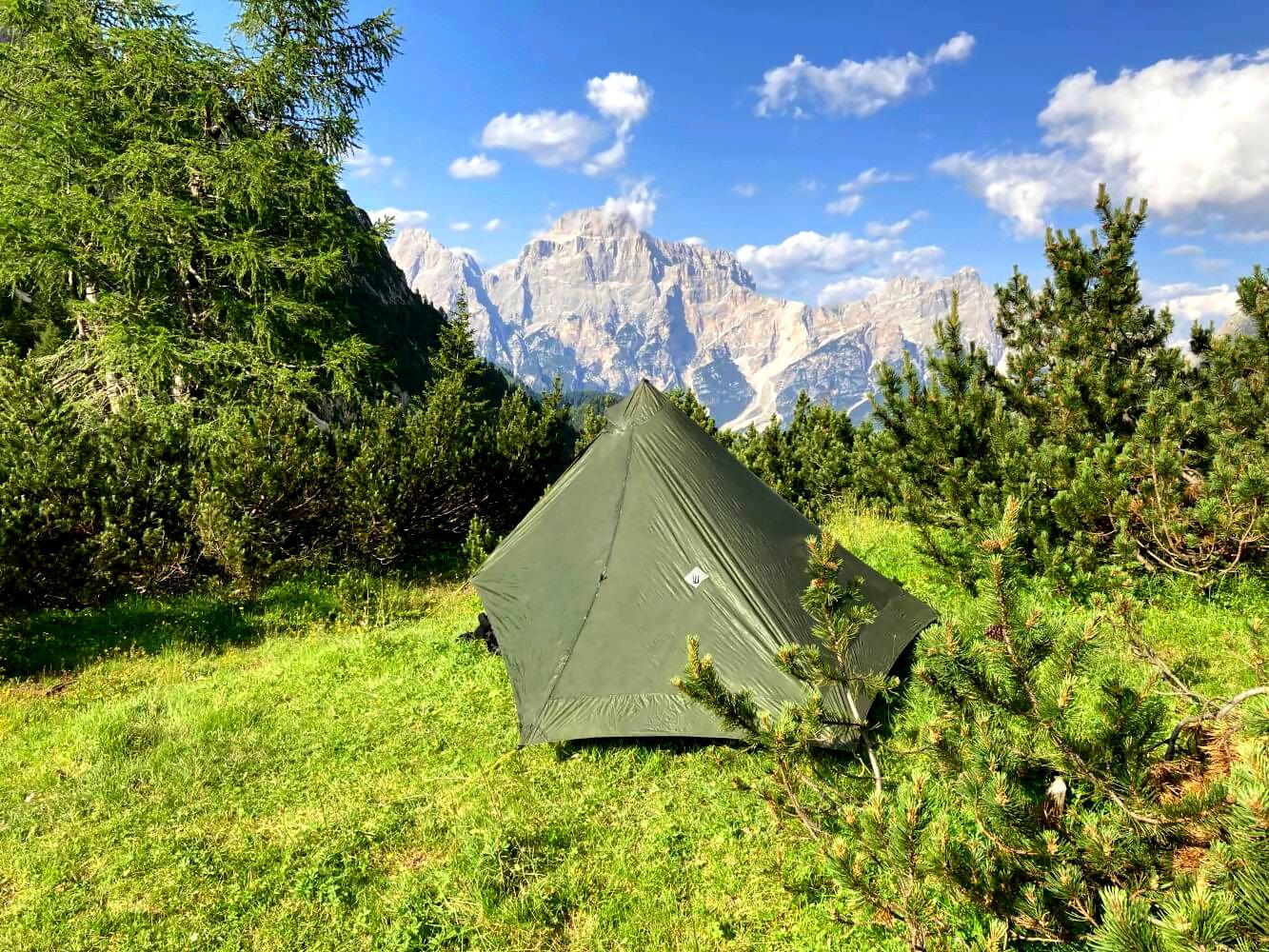 Wildcamping und Zelten auf dem Dolomiten-Höhenweg 1.