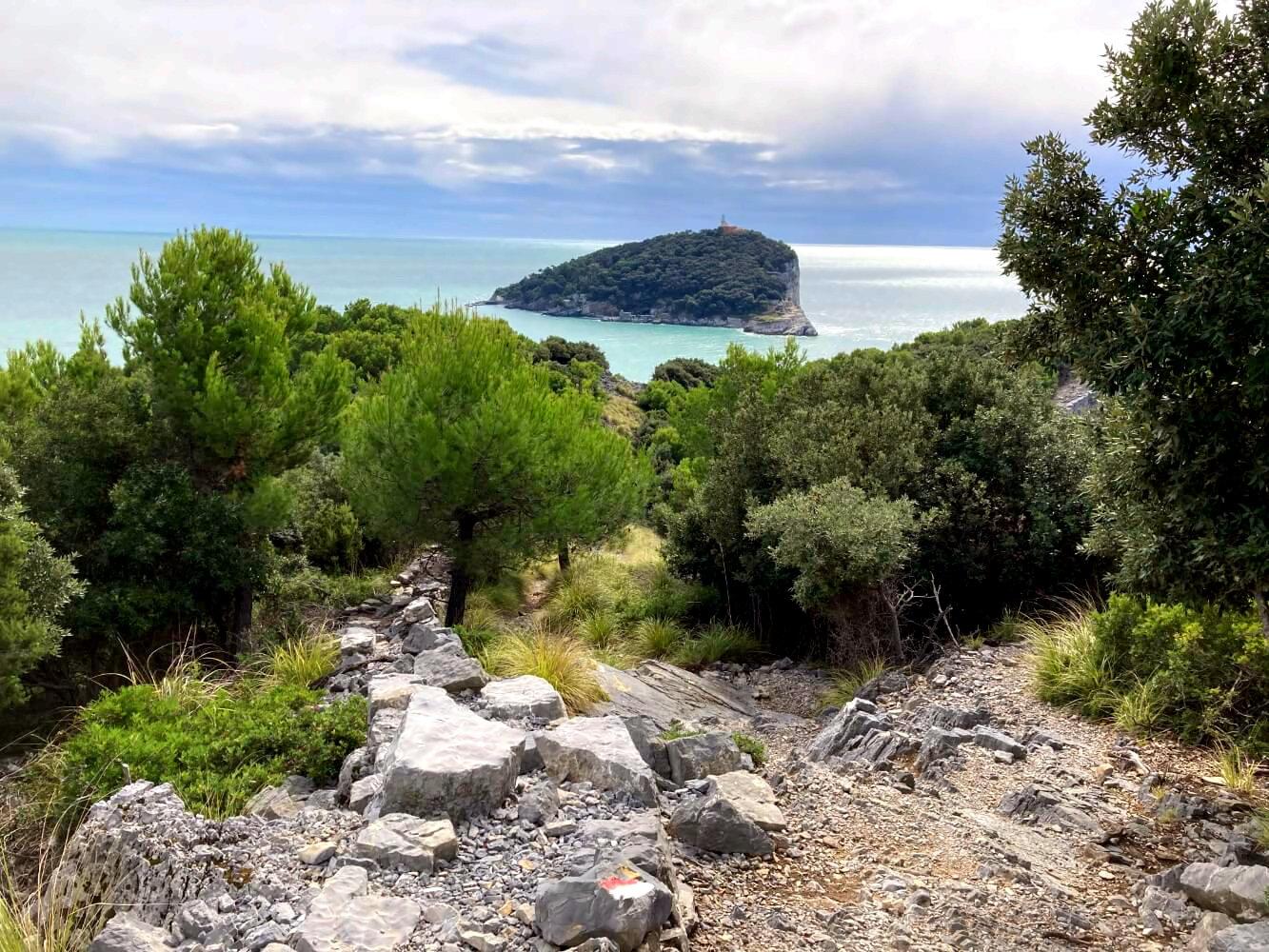 Blick auf die Isola Tino.
