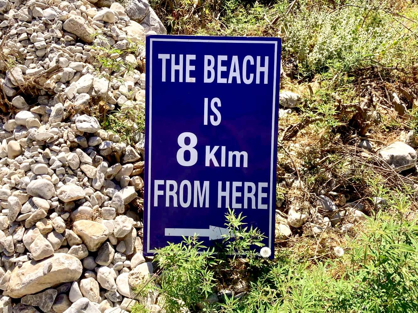 Wegweiser zum Strand von Chora Sfakion.